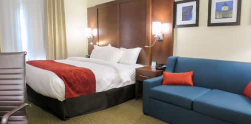 Comfort Suites Regina Accessible King Suite